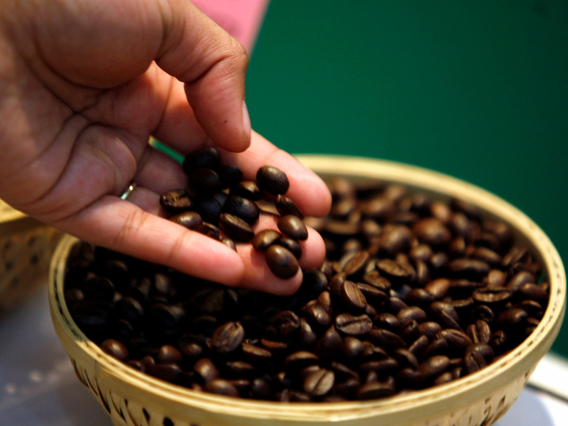 How Coffee Roasting Affects Bean Weight